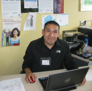 Volunteer-Tax-Preparer-Felipe-Maya